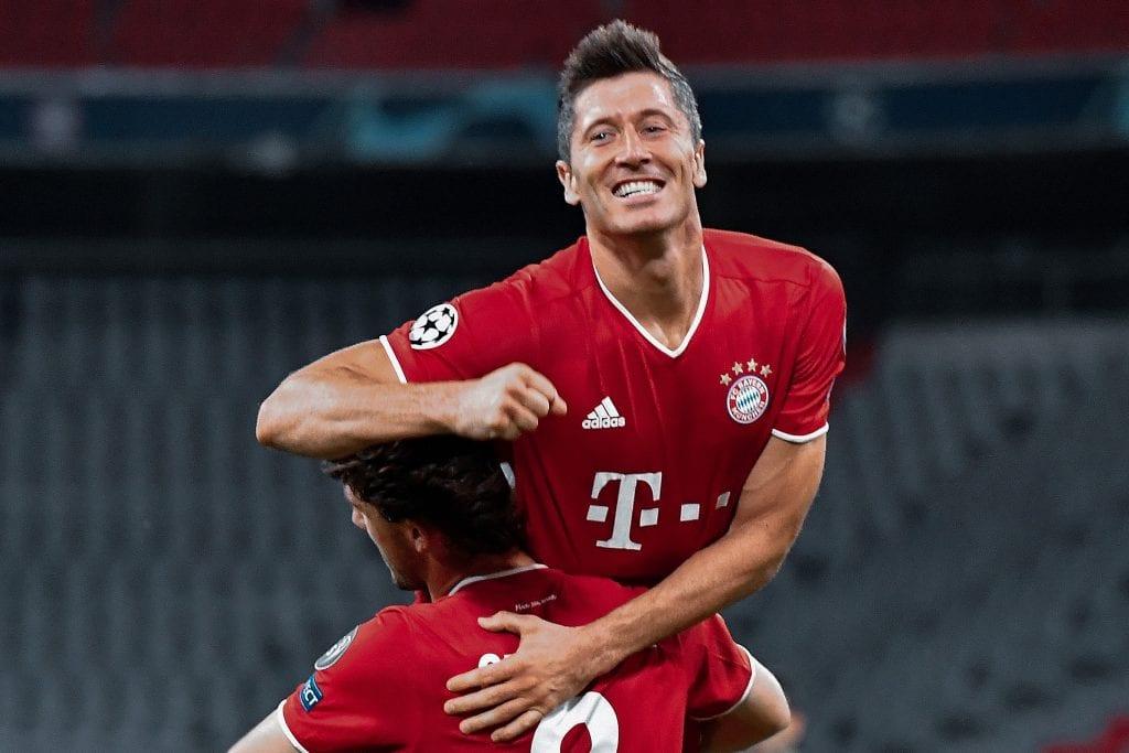 Robert Lewandowski Bayern Clément Lenglet Barcelona